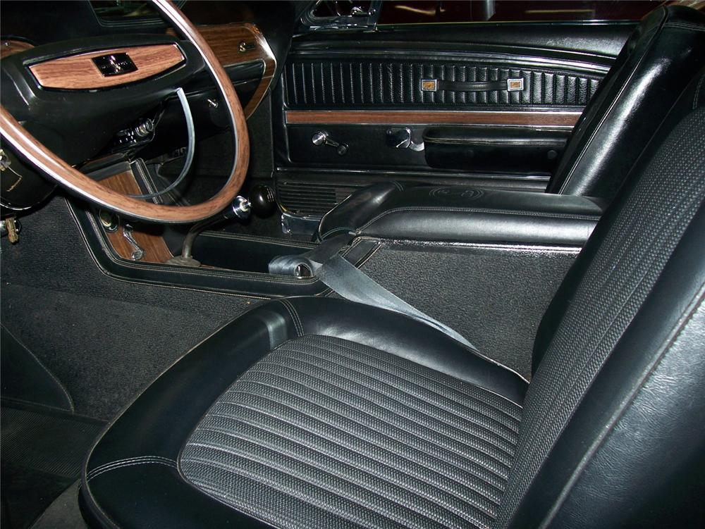 1968 SHELBY GT500 KR FASTBACK - Interior - 44329