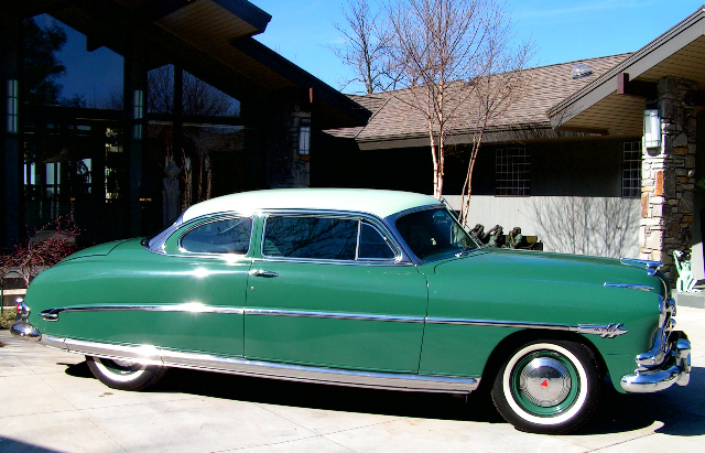 1953 HUDSON HORNET COUPE - Front 3/4 - 44343