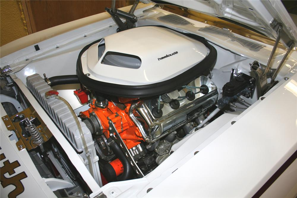 1970 PLYMOUTH HEMI CUDA RAMCHARGERS CANDYMATIC - Engine - 44350