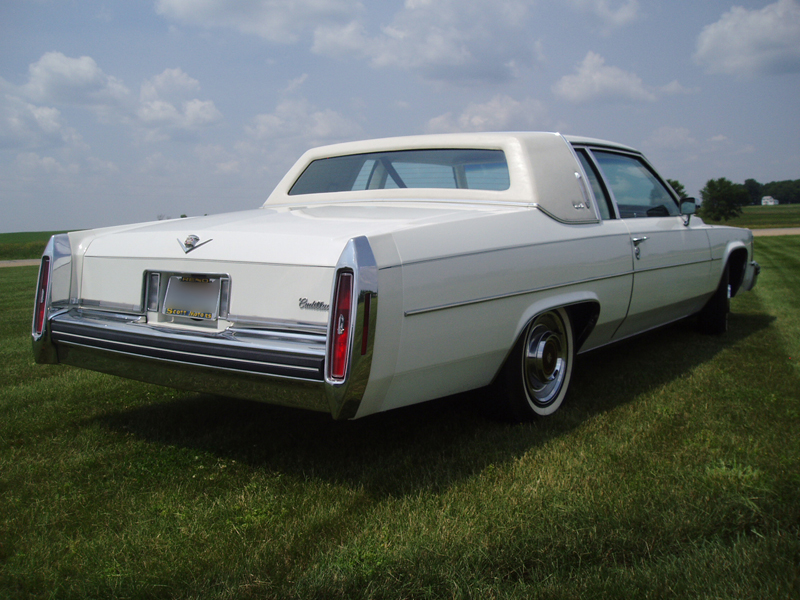 1980 CADILLAC DE VILLE 2 DOOR COUPE - Rear 3/4 - 44374