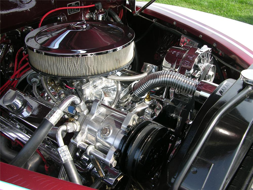 1941 FORD CUSTOM COUPE - Engine - 44379