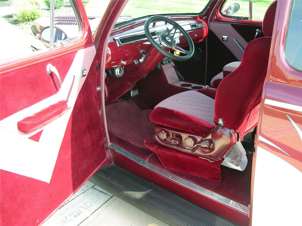 1941 FORD CUSTOM COUPE - Interior - 44379