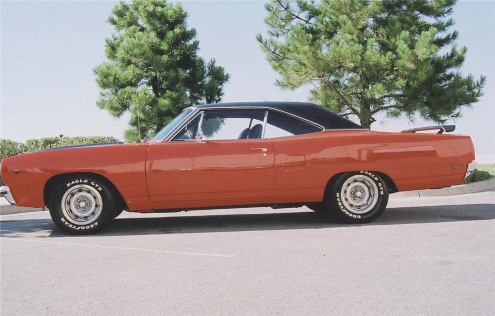 1970 PLYMOUTH ROAD RUNNER 2 DOOR HARDTOP - Side Profile - 44405