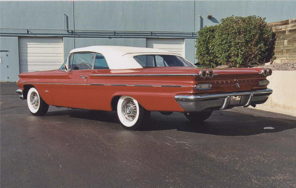 1960 PONTIAC BONNEVILLE CONVERTIBLE - Rear 3/4 - 44410