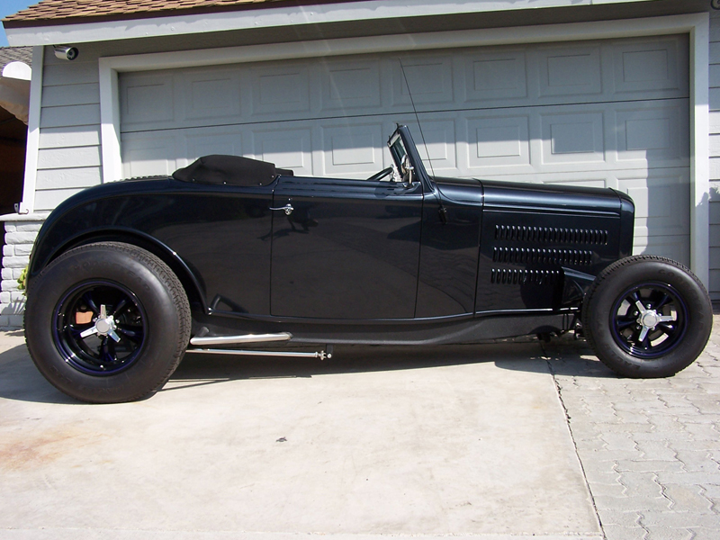 1930 FORD CUSTOM CABRIOLET - Side Profile - 44430