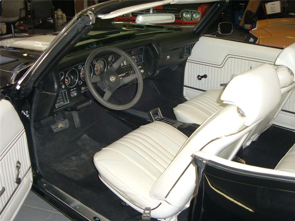 1972 CHEVROLET CHEVELLE 2 DOOR CONVERTIBLE - Interior - 44438