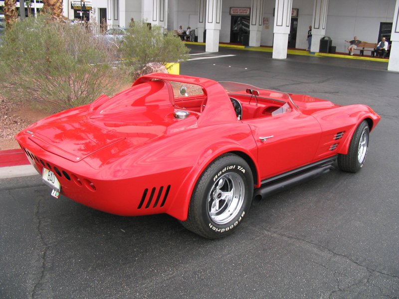 1964 CHEVROLET CORVETTE GRAND SPORT RE-CREATION - Rear 3/4 - 44480