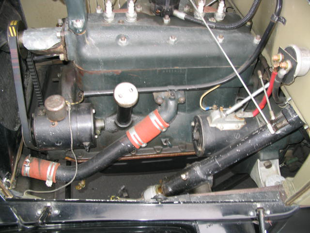 1928 FORD MODEL A 2 DOOR ROADSTER - Engine - 44483