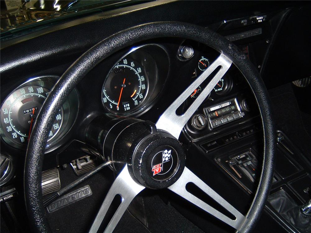 1968 CHEVROLET CORVETTE L88 COUPE - Interior - 44484