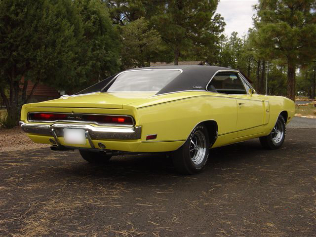 1970 DODGE CHARGER R/T 2 DOOR HARDTOP - Rear 3/4 - 44488
