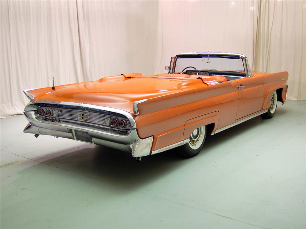1958 LINCOLN CONTINENTAL CONVERTIBLE - Rear 3/4 - 44552