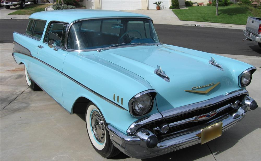 1957 CHEVROLET NOMAD WAGON - Front 3/4 - 44567