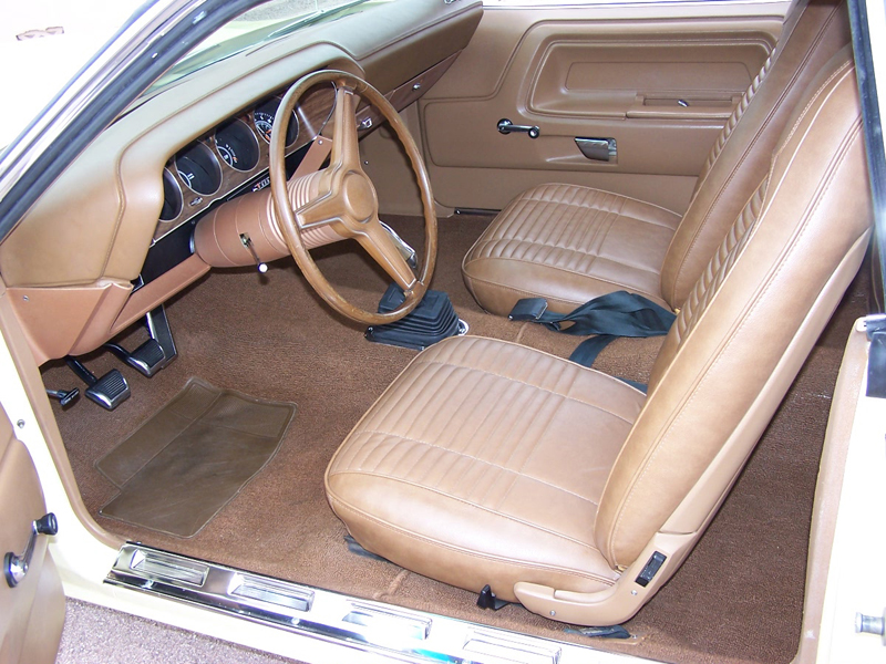 1970 DODGE CHALLENGER R/T COUPE - Interior - 44571