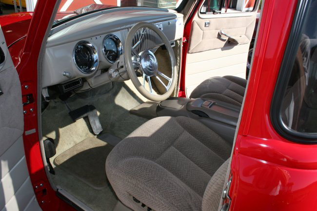 1955 CHEVROLET CUSTOM 1/2 TON PICKUP - Interior - 44578