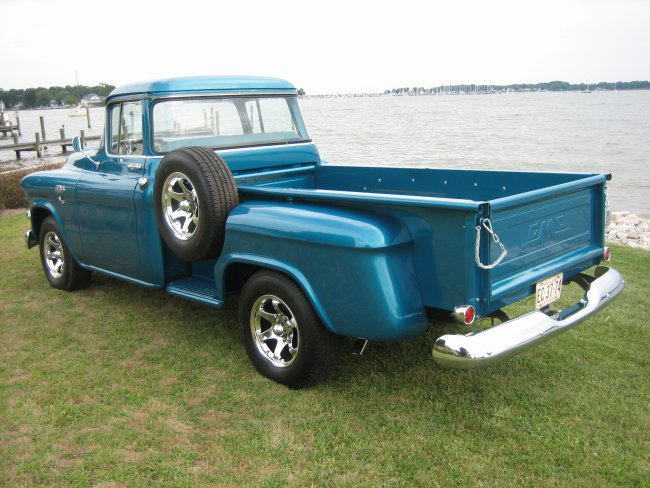 1958 GMC 100 PICKUP - Rear 3/4 - 44591