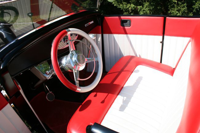 1932 FORD ROADSTER CUSTOM HI-BOY ROADSTER - Interior - 44594