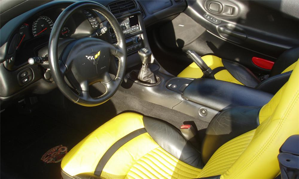 1998 CHEVROLET CORVETTE INDY PACE CAR CONVERTIBLE - Interior - 44603