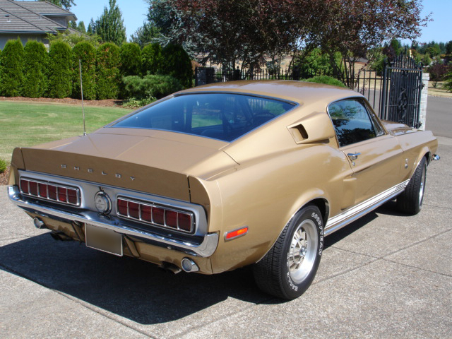 1968 SHELBY GT500 FASTBACK - Front 3/4 - 44607