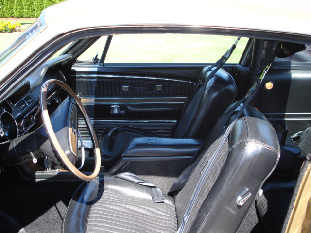 1968 SHELBY GT500 FASTBACK - Interior - 44607
