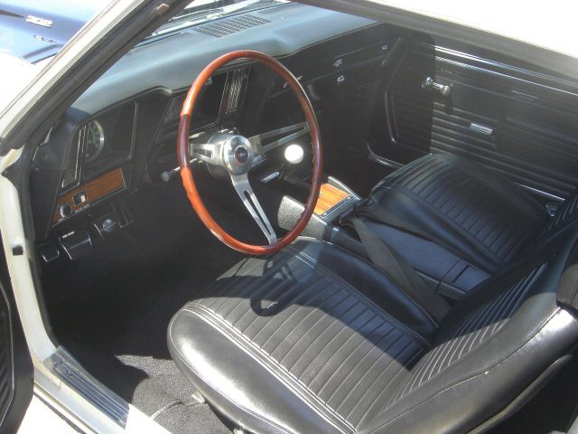 1969 CHEVROLET CAMARO Z/28 CROSS-RAM COUPE - Interior - 44654