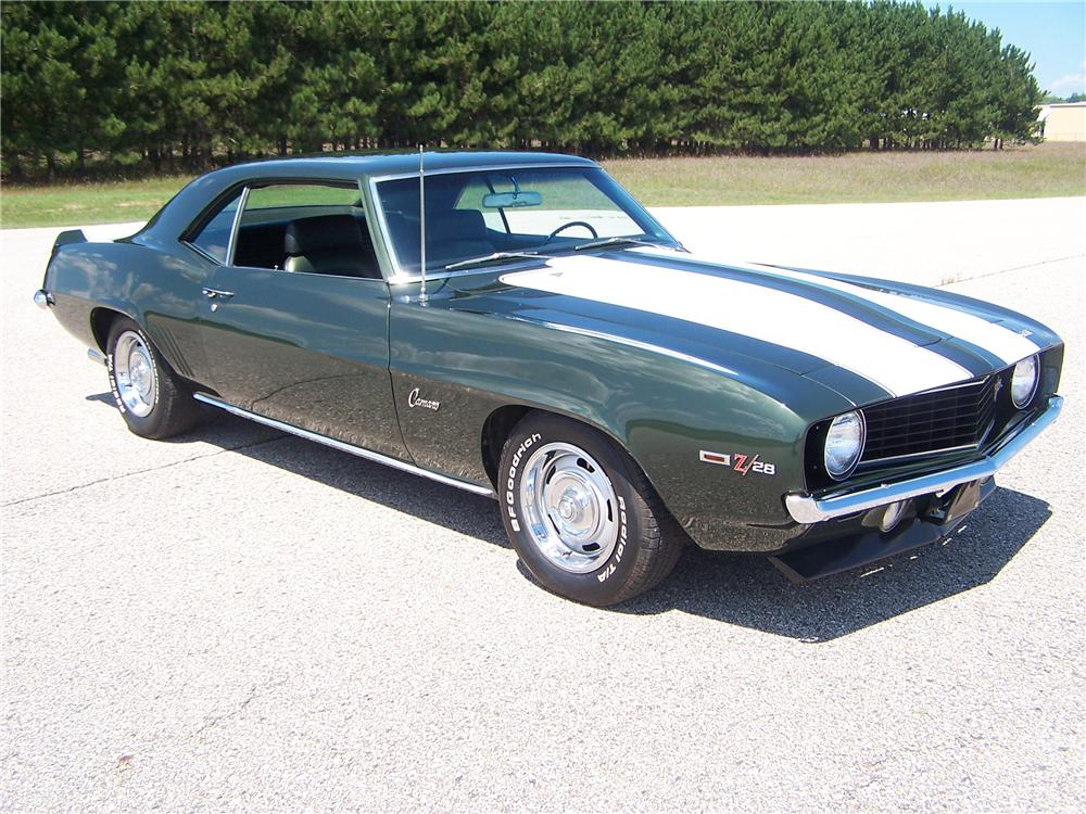 1969 CHEVROLET CAMARO Z/28 COUPE - Front 3/4 - 44670