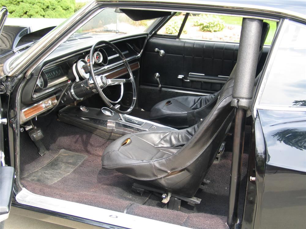1965 CHEVROLET IMPALA CUSTOM 2 DOOR HARDTOP - Interior - 44690