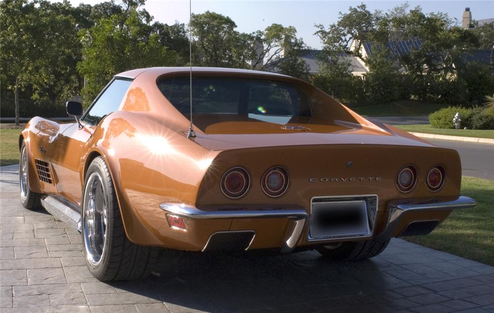 1972 CHEVROLET CORVETTE CUSTOM COUPE - Rear 3/4 - 44696