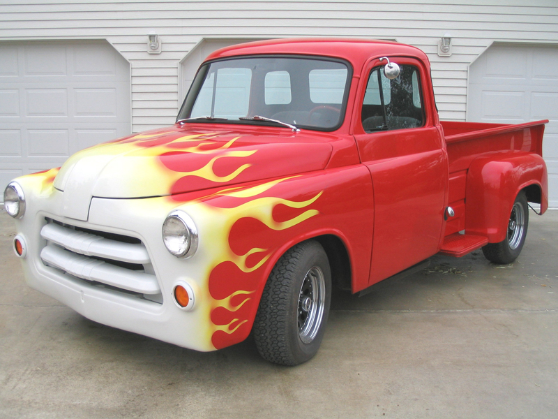 1954 DODGE CUSTOM STEP SIDE PICKUP - Front 3/4 - 44749