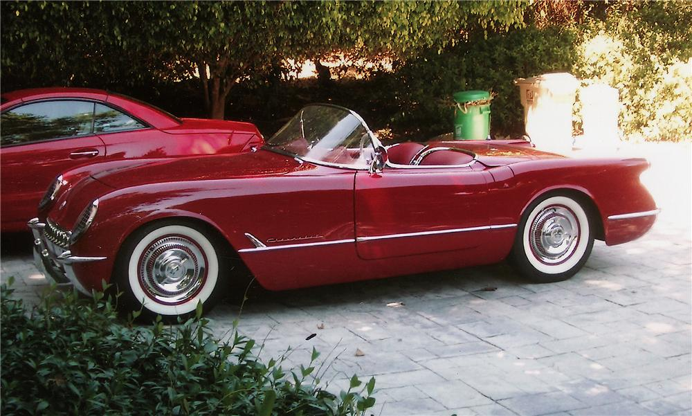 1954 CHEVROLET CORVETTE CONVERTIBLE - Front 3/4 - 44771