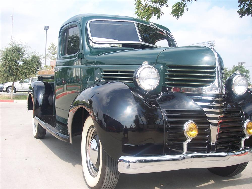 1940 DODGE STEPSIDE PICKUP - Front 3/4 - 44836