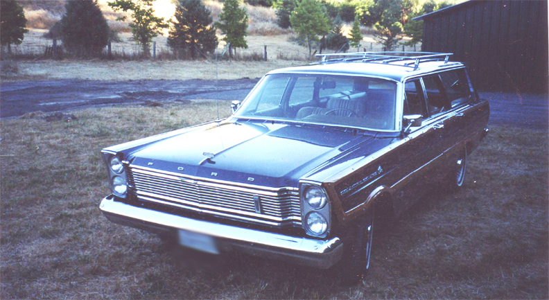 1965 FORD COUNTRY SQUIRE WAGON - Front 3/4 - 44848