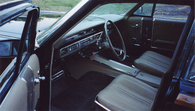 1965 FORD COUNTRY SQUIRE WAGON - Interior - 44848