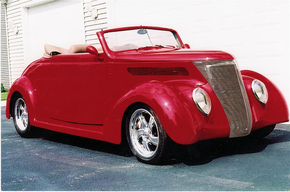 1937 FORD CUSTOM ROADSTER - Front 3/4 - 44857