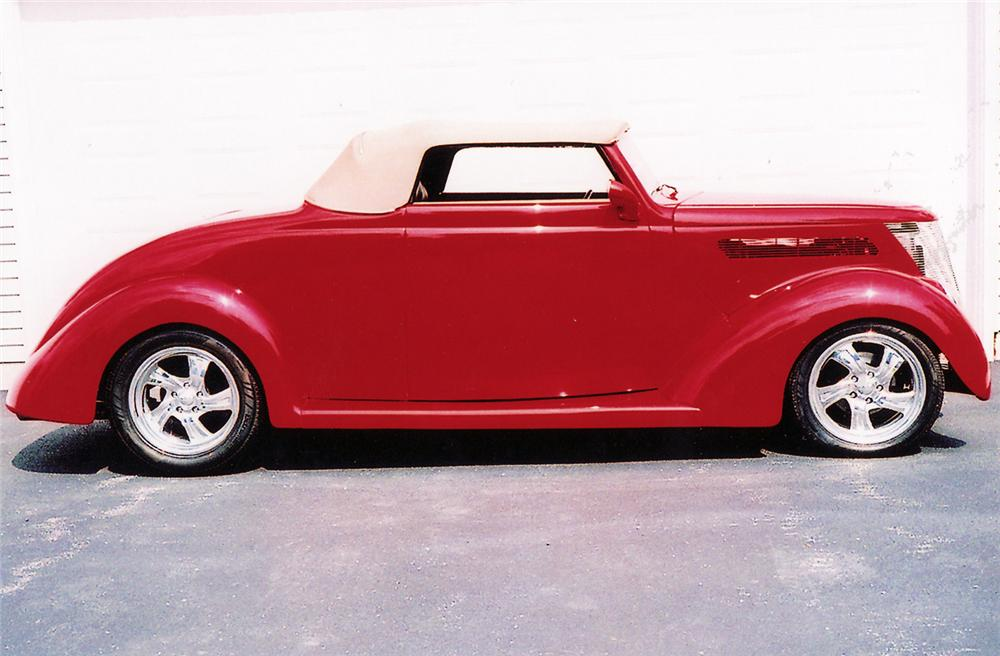 1937 FORD CUSTOM ROADSTER - Side Profile - 44857