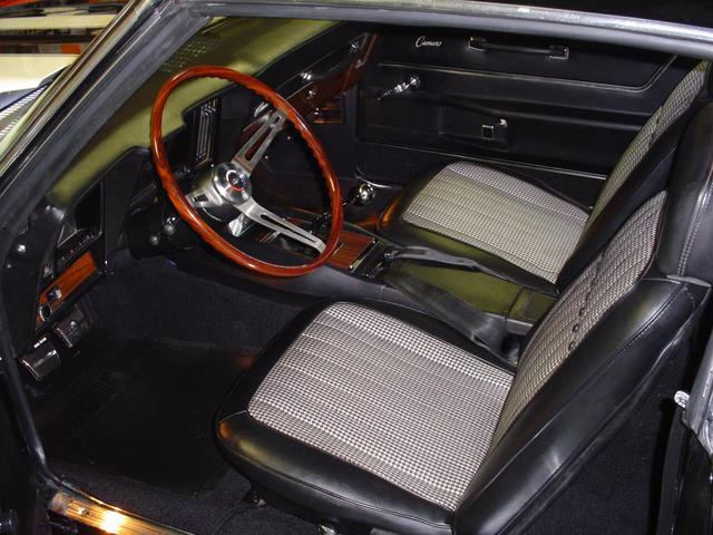 1969 CHEVROLET CAMARO Z/28 RS COUPE - Interior - 45047