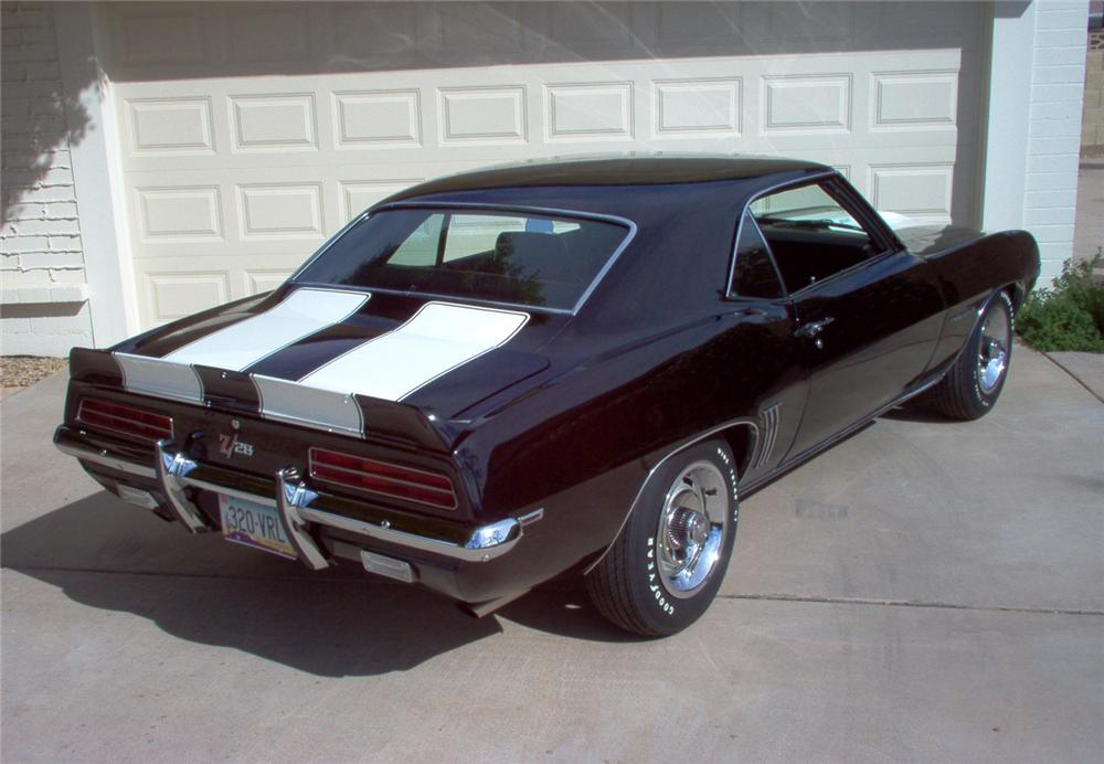 1969 CHEVROLET CAMARO Z/28 RS COUPE - Rear 3/4 - 45047