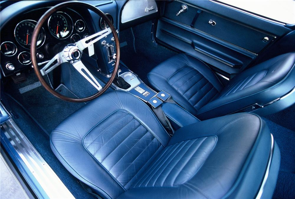 1966 CHEVROLET CORVETTE COUPE - Interior - 45097