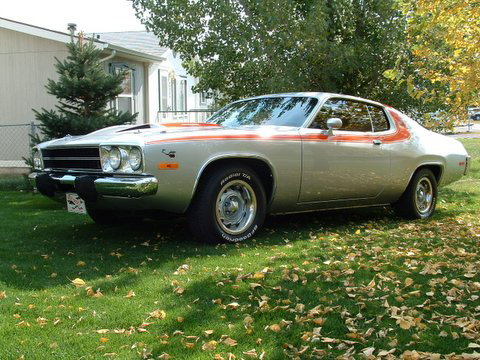 1973 PLYMOUTH ROAD RUNNER 2 DOOR HARDTOP - Front 3/4 - 45098
