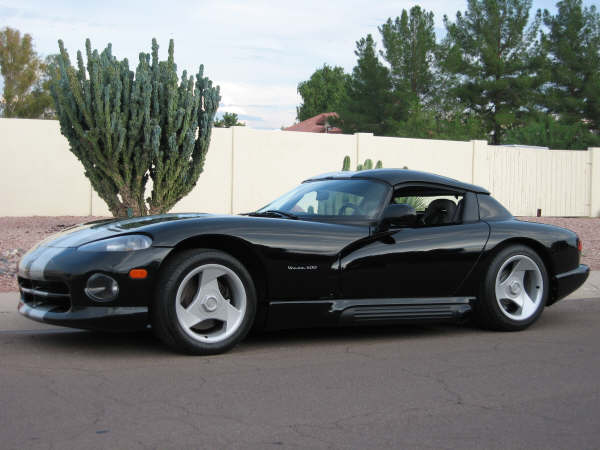 1995 DODGE VIPER RT/10 ROADSTER - Front 3/4 - 45113