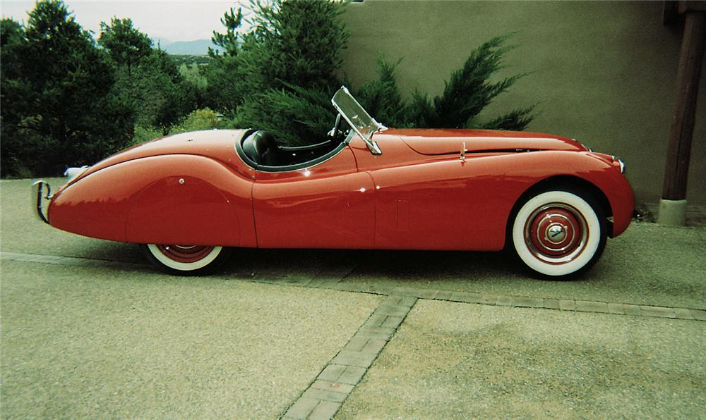 1954 JAGUAR XK 120 CONVERTIBLE - Side Profile - 45119