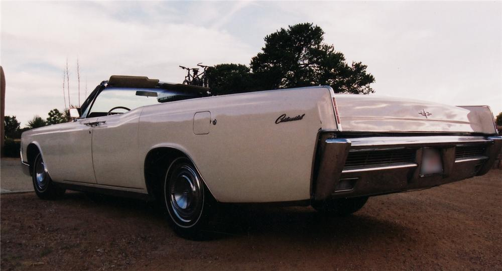 1966 LINCOLN CONTINENTAL CONVERTIBLE - Rear 3/4 - 45120