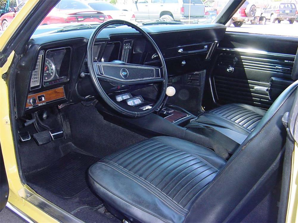 1969 CHEVROLET CAMARO Z/28 COUPE - Interior - 45125