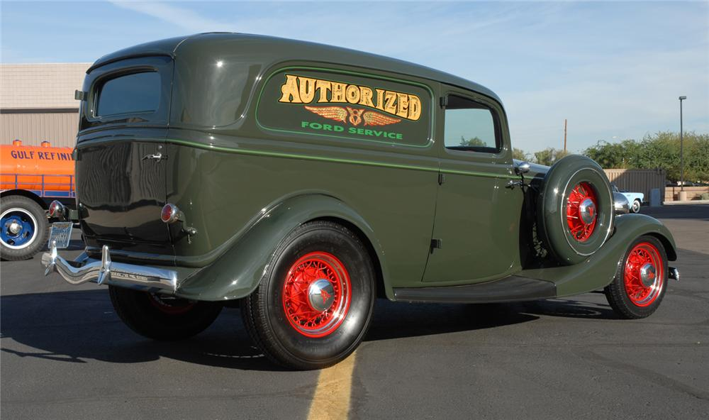 1934 FORD DELUXE SEDAN DELIVERY - Rear 3/4 - 45252