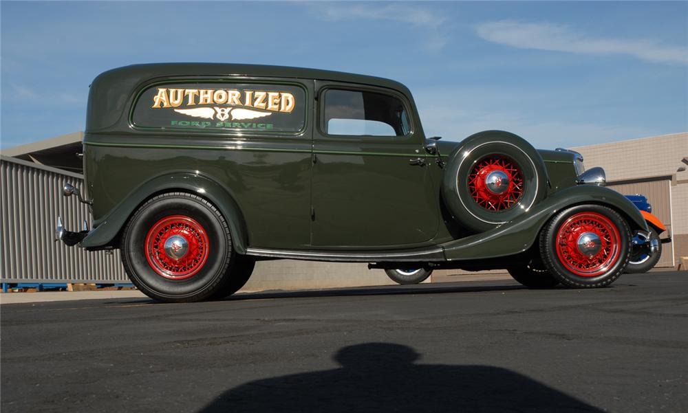 1934 FORD DELUXE SEDAN DELIVERY - Side Profile - 45252