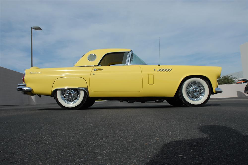 1956 FORD THUNDERBIRD CONVERTIBLE - Side Profile - 45270