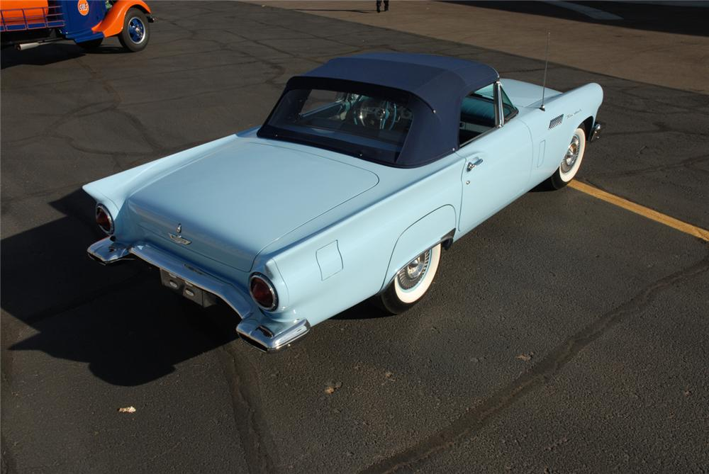 1957 FORD THUNDERBIRD F CONVERTIBLE - Rear 3/4 - 45272