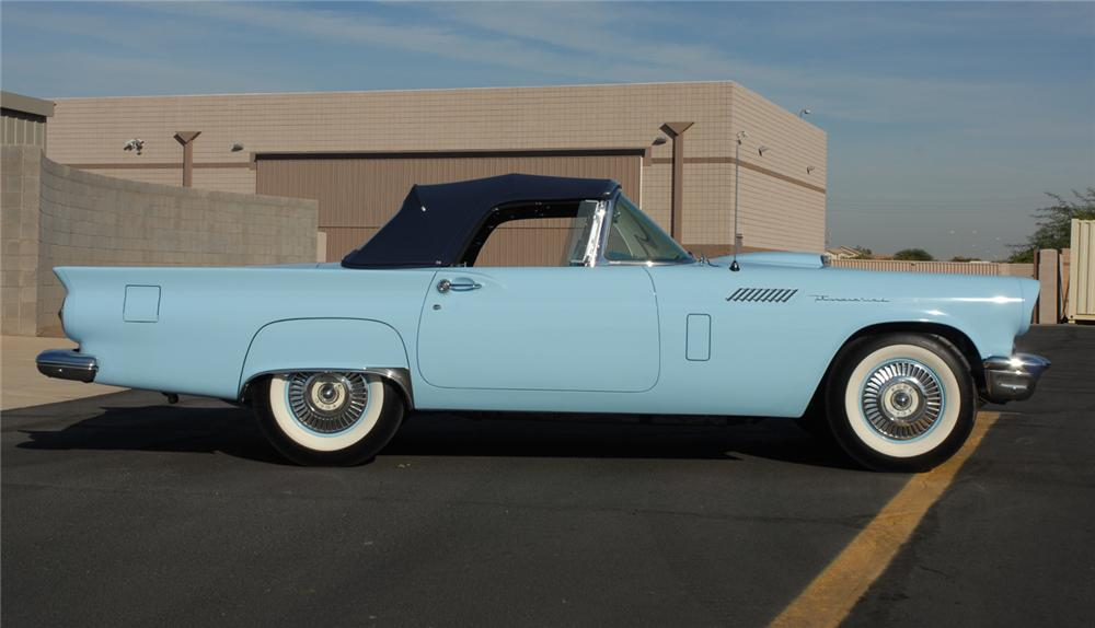 1957 FORD THUNDERBIRD F CONVERTIBLE - Side Profile - 45272