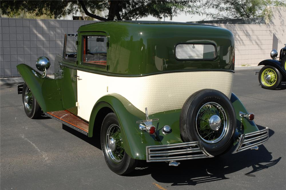 1934 FORD BREWSTER TOWNCAR - Rear 3/4 - 45287