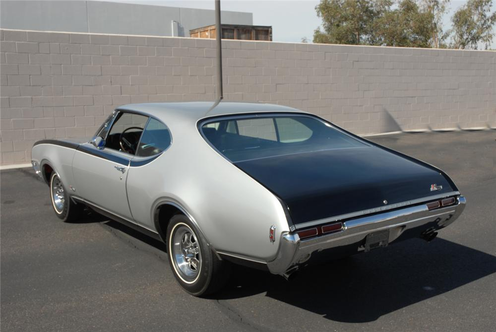 1968 OLDSMOBILE HURST HO COUPE - Rear 3/4 - 45288