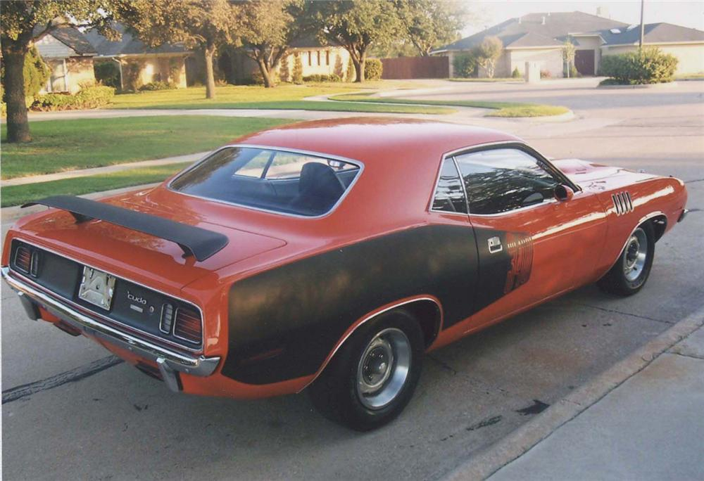 1971 PLYMOUTH CUDA COUPE - Front 3/4 - 45353